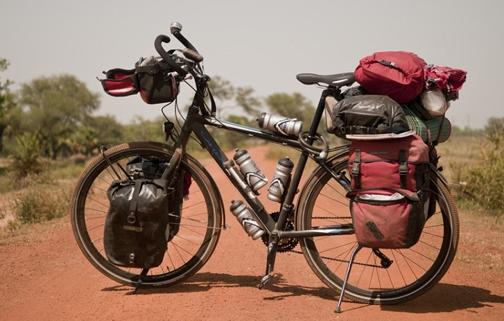 Bicicleta-carrtera-o-cicloturismo.-Camino-de-santiago